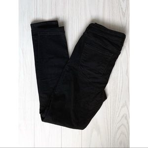 Black Old Navy Rockstar Jeans